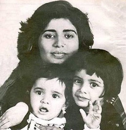 Rohan Vinod Mehra's childhood photo with his mother and sister