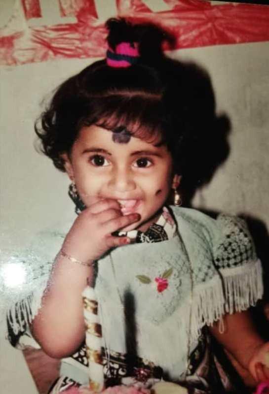 Losliya Mariyanesan's childhood picture