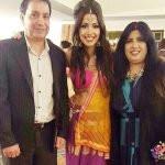 Rameet Sandhu with her parents