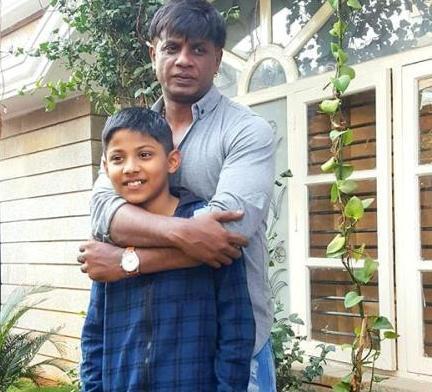 Duniya Vijay with his Son