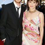 Sandra Bullock is with Ryan Gosling