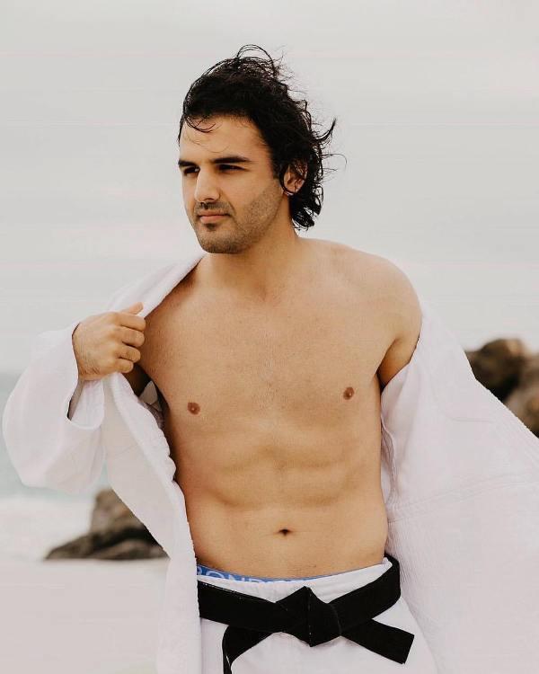 Yusof Mutahar Posing as a Model