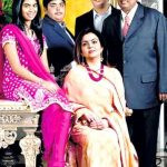 Mukesh Ambani with his wife and children