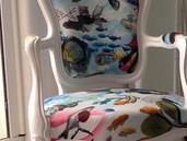 Chaise .Tissu Christian Lacroix