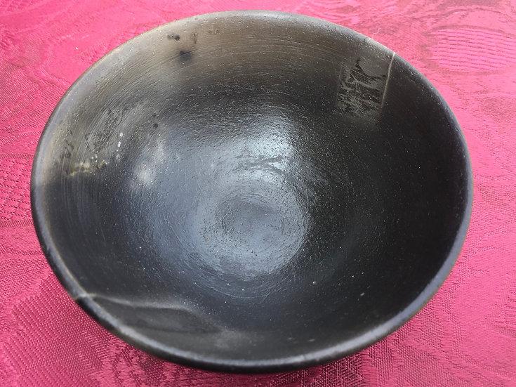 Pit Fired pot 10. 8x6cm