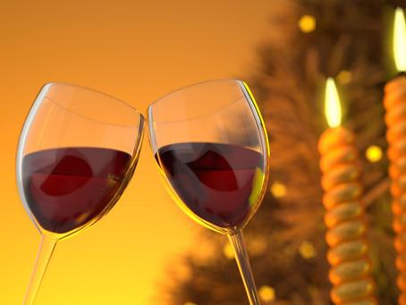 Como evitar dentes manchados quando você gosta de vinho tinto.