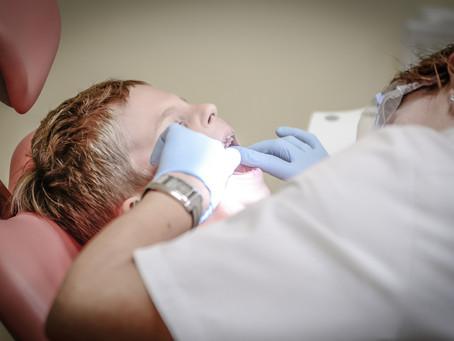 Mais de um quarto da população sofre de cárie dentária.