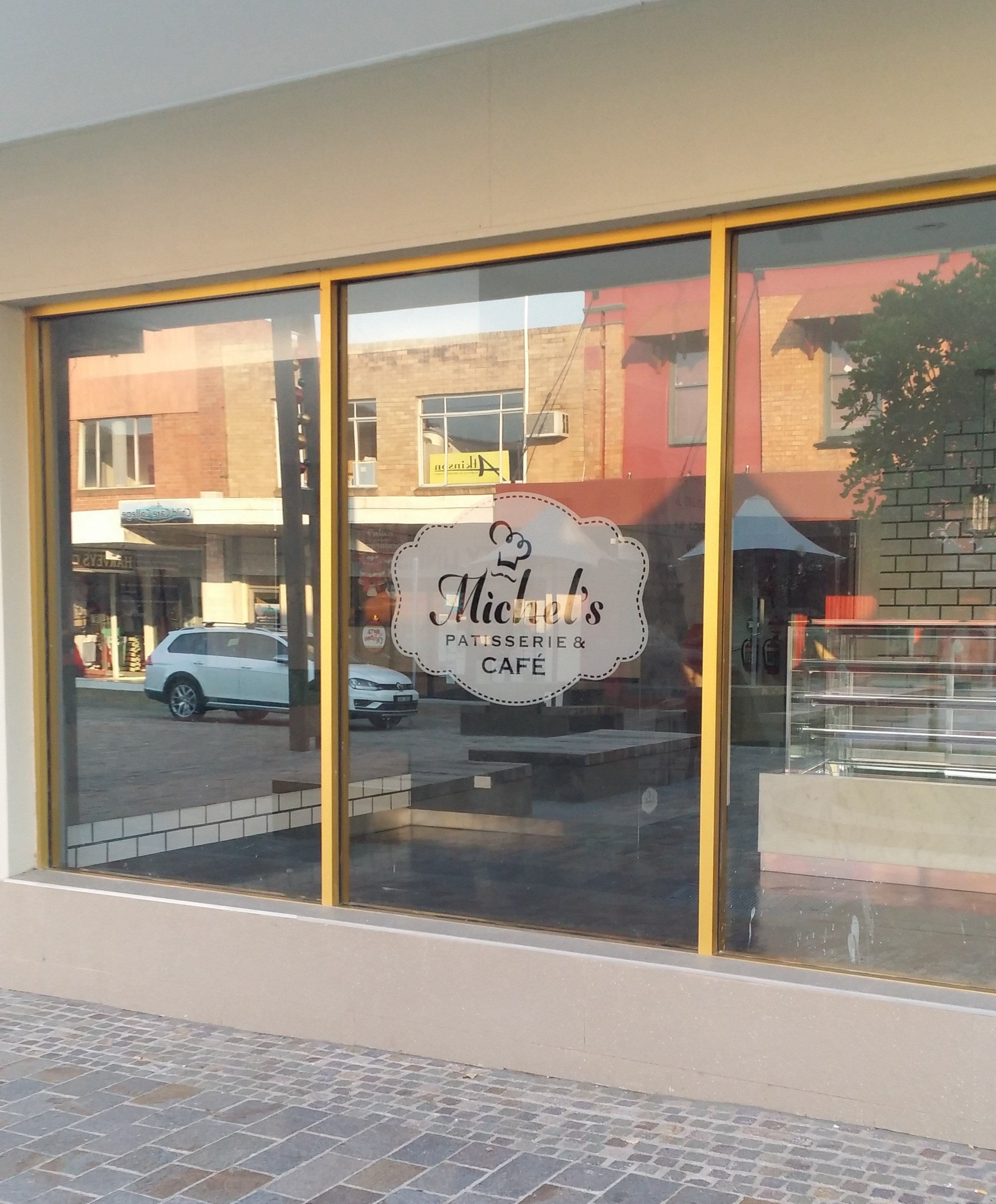 Michels Patisserie Maitland dec 2015(15)