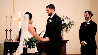 Wedding Film 10 Min.00_02_25_45.Still054