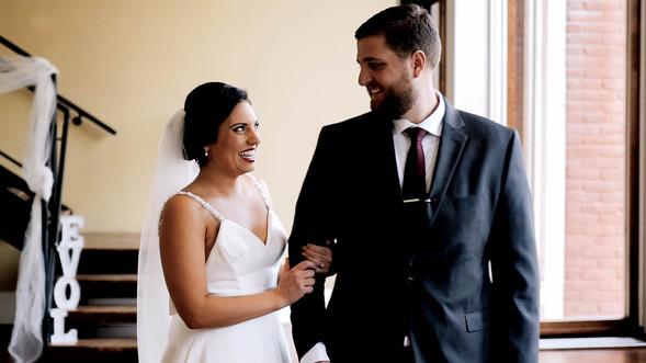Wedding Film 10 Min.00_00_43_57.Still022