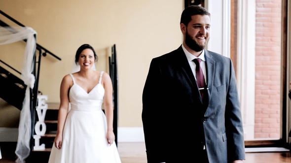 Wedding Film 10 Min.00_00_39_39.Still020