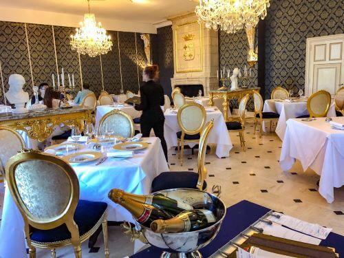 The Chateau de Beauvois hotel restaurant Le Louis XIII