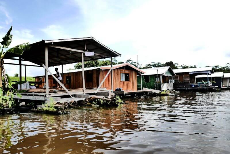 The Comunidade Catalao floating village on the Amazon river in Brazil