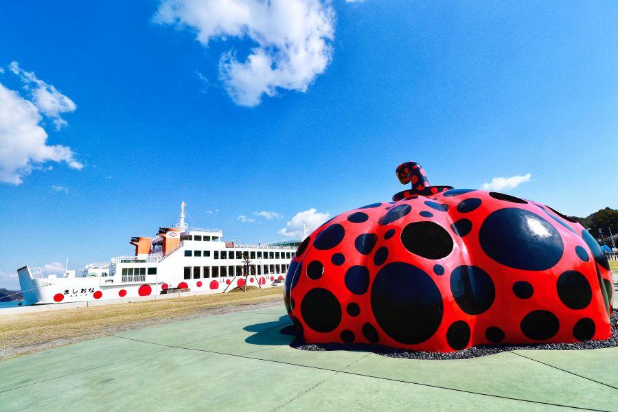 Yayoi Kusama red pumpkin at Naoshima ferry port