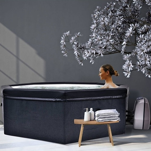Avenli Swift Hot Tub