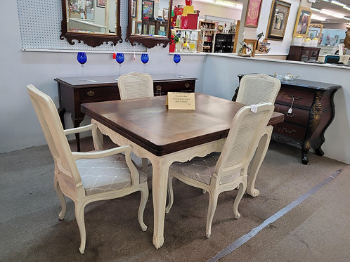 Drawleaf Table with 4 Chairs V#783