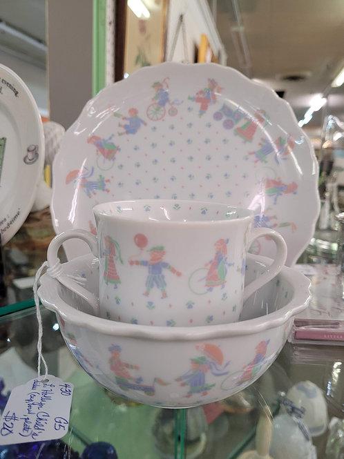 L.Hollyn Child's Dish Set V#430