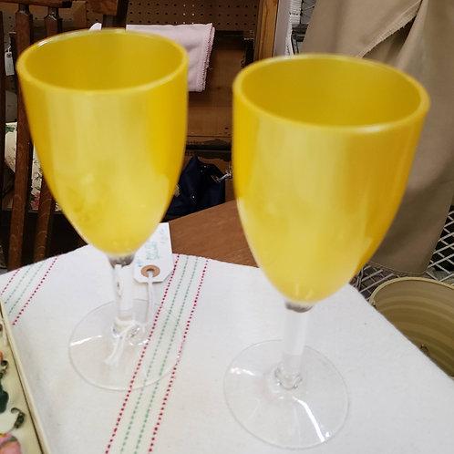 Pair of Wine Glasses V#967