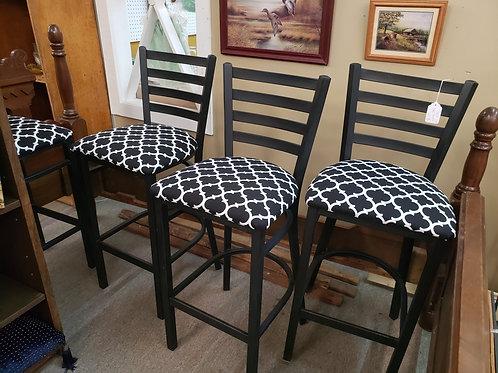 4 Bar stools V#200