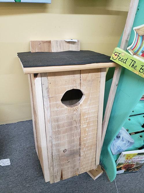 Wooden Duck Nesting Box V#124