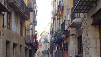 Streets_of_Barcelona._Catalonian_Flags.S