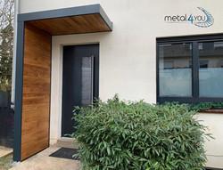 Vordach mit Holz