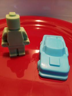 Robot/Brickman & Car.jpg