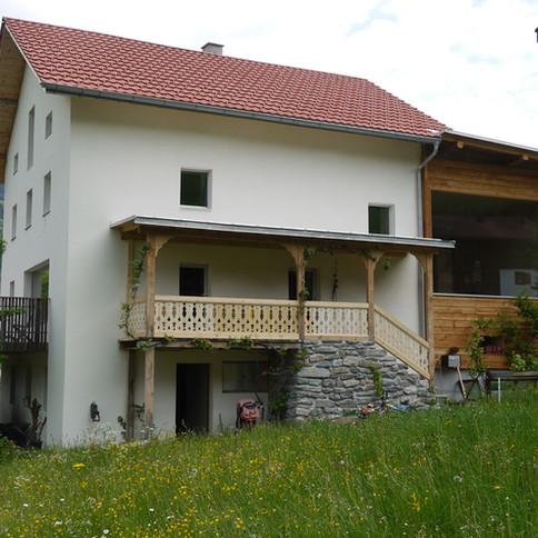 Haus J