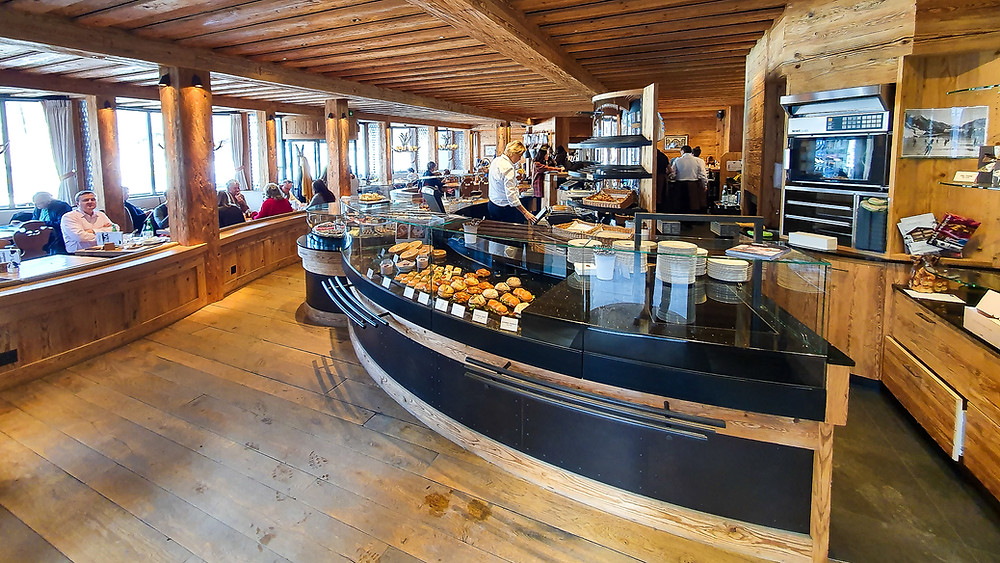 Gstaad Charlys - Swiss Tour 2020 - Travel Blog