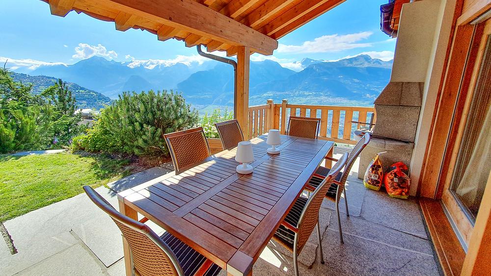 Chalet Isikhala in Veysonnaz Valais - Family Airbnb