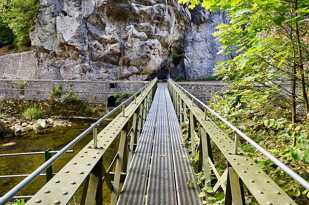 Gorges de L'Areuse - Neuchatel - Family of 5 Suisse