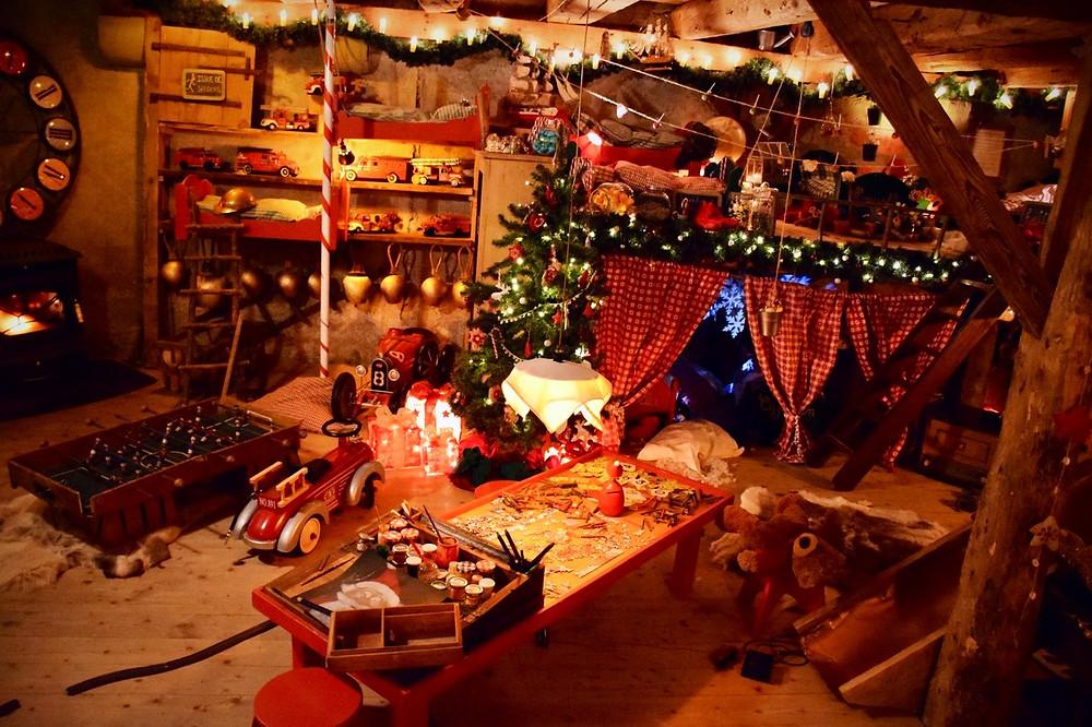 Le Hameau du Père Noël - Switzerland - Family of 5