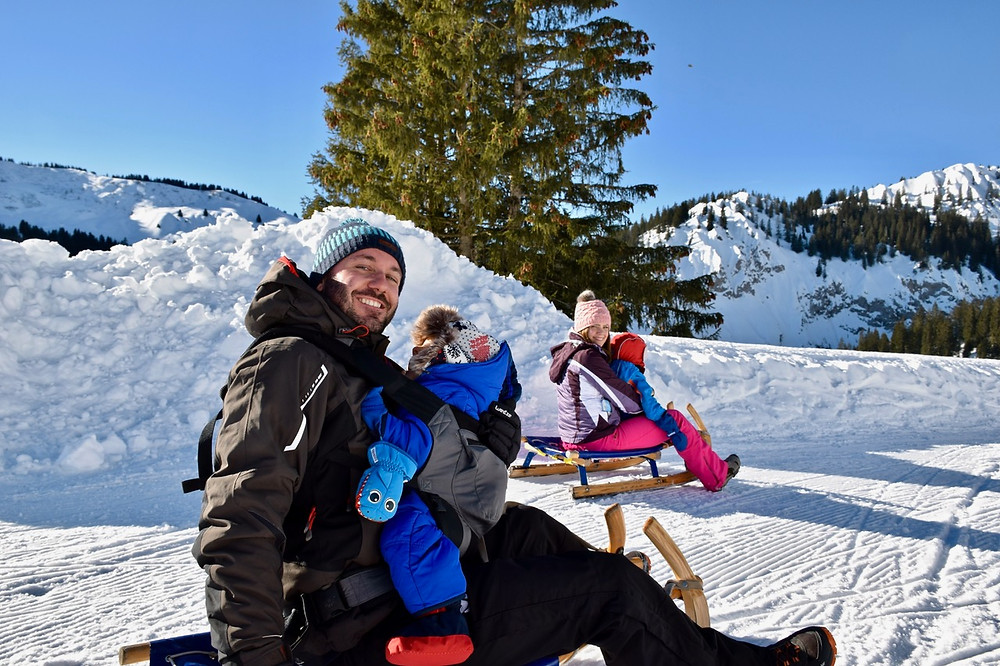 Sledging in Les Diablerets - The Family of 5 Switzerland
