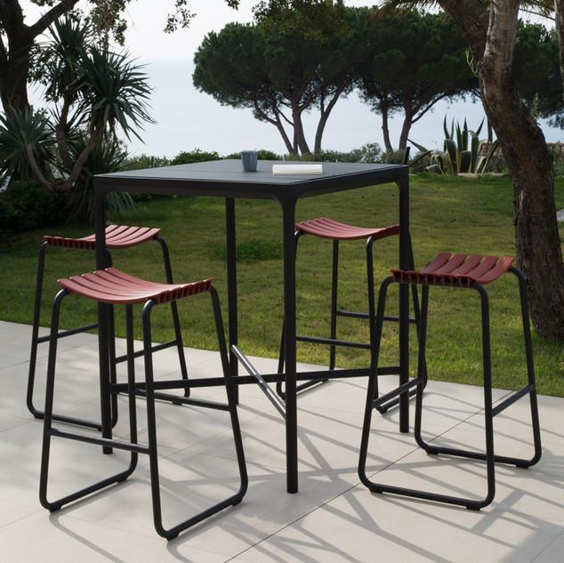 CLIPS Bar stool Paprika 3.jpg