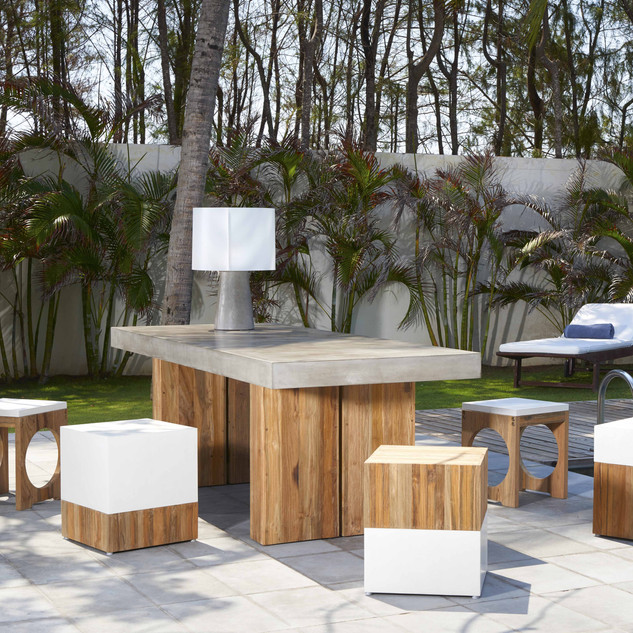 Kaba Dining Table Outdoors