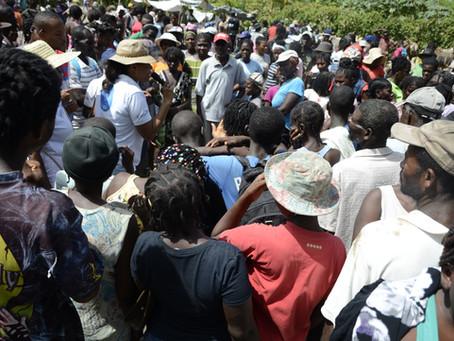Sensibilisation de masse contre la domesticité au marché mercredi à Tiburon
