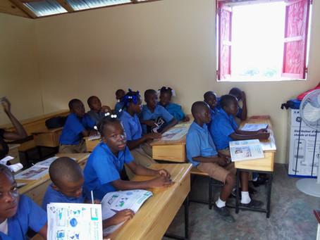Inauguration, le 28 octobre 2011, de l'Ecole Communautaire Léa Kokoyé de Nérette (ECLKN).