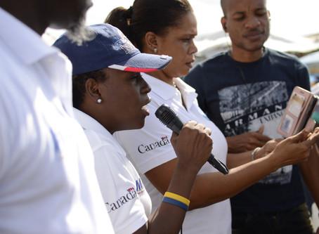 Sensibilisation de masse dans la ville des cayes au marché jeudi contre la Domesticité.