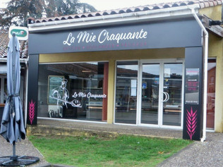 """Enseigne pour la Boulangerie """"La Mie Craquante"""" à Laroque d'Olme (09)."""