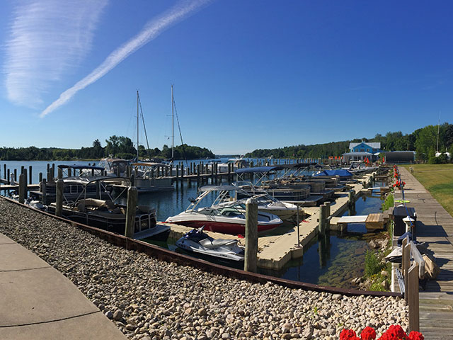 Ironton Cove Marina