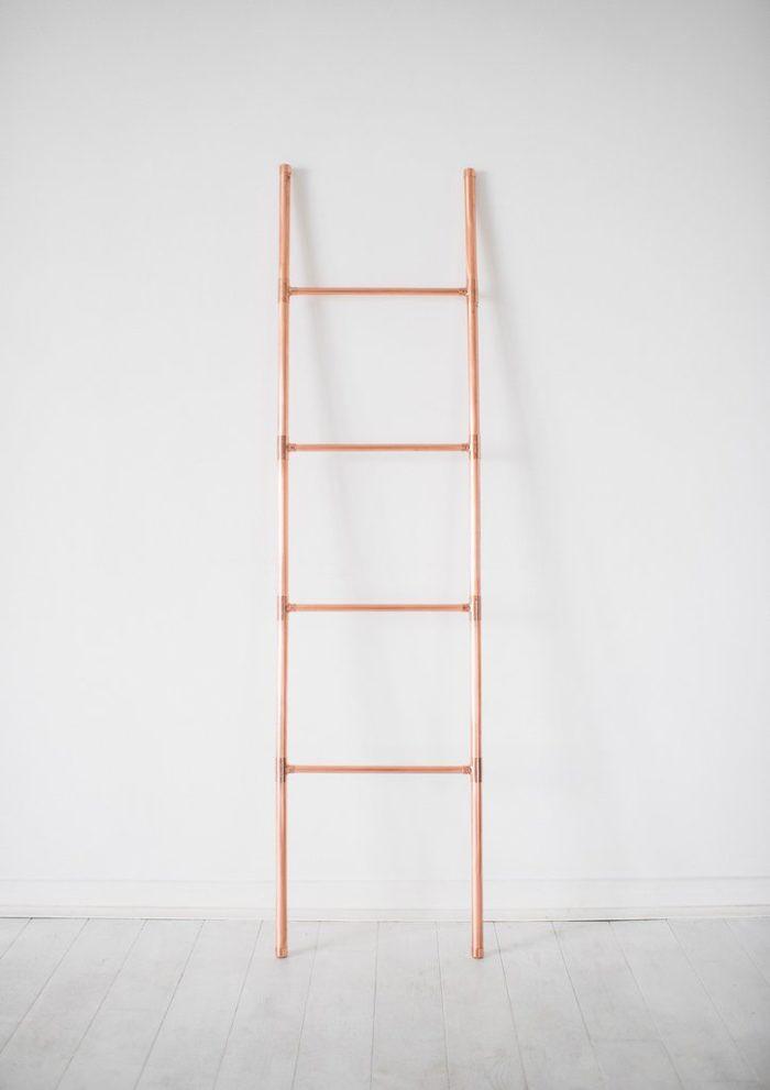 towel.ladder2