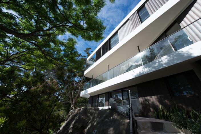 cliff-top.house4