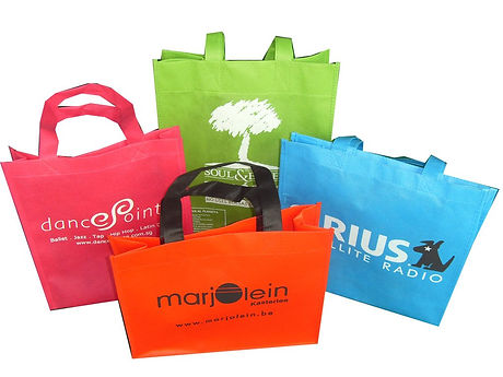 Non-woven-bag-suppliers-in-uae.jpg