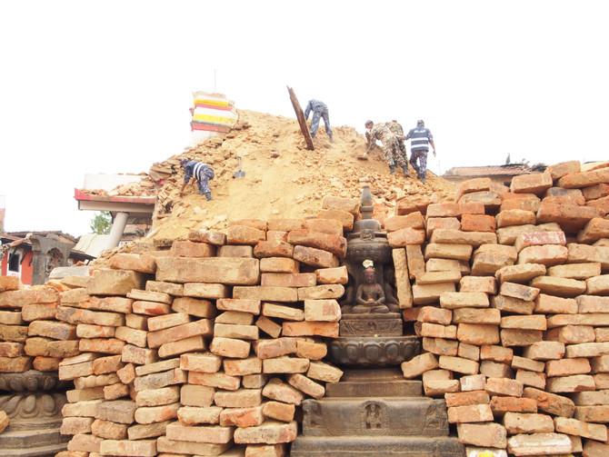 RECONSTRUCTION AU NEPAL