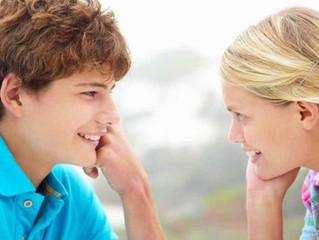 Como Lidar Com o Primeiro Namoro de Seu Filho ou Filha