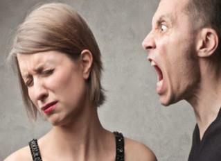 30 Sinais de Abuso Emocional que Vão Lentamente Te Destruindo