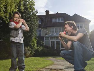 Brincar sem brinquedo: qual é a importância para a criança?