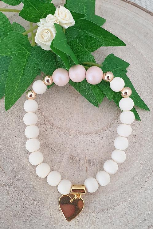 bracelet perles en acryliqye avec perles en métal doré