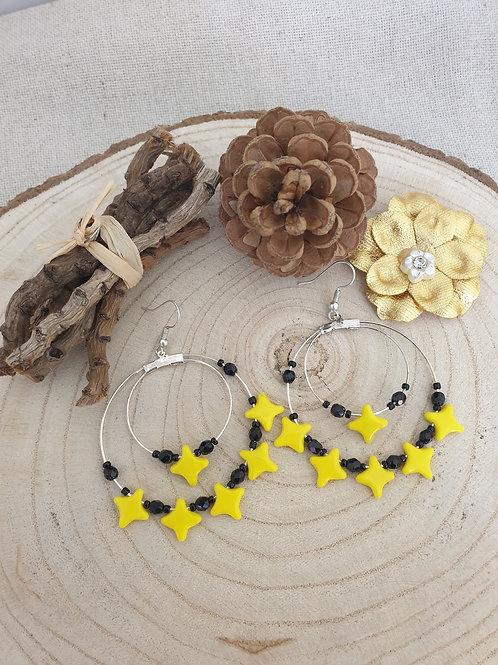 Créoles jaune et noir double rangs.