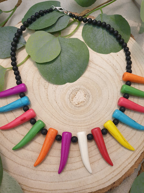 Collier style africain.